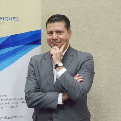 Ing. Enrique López