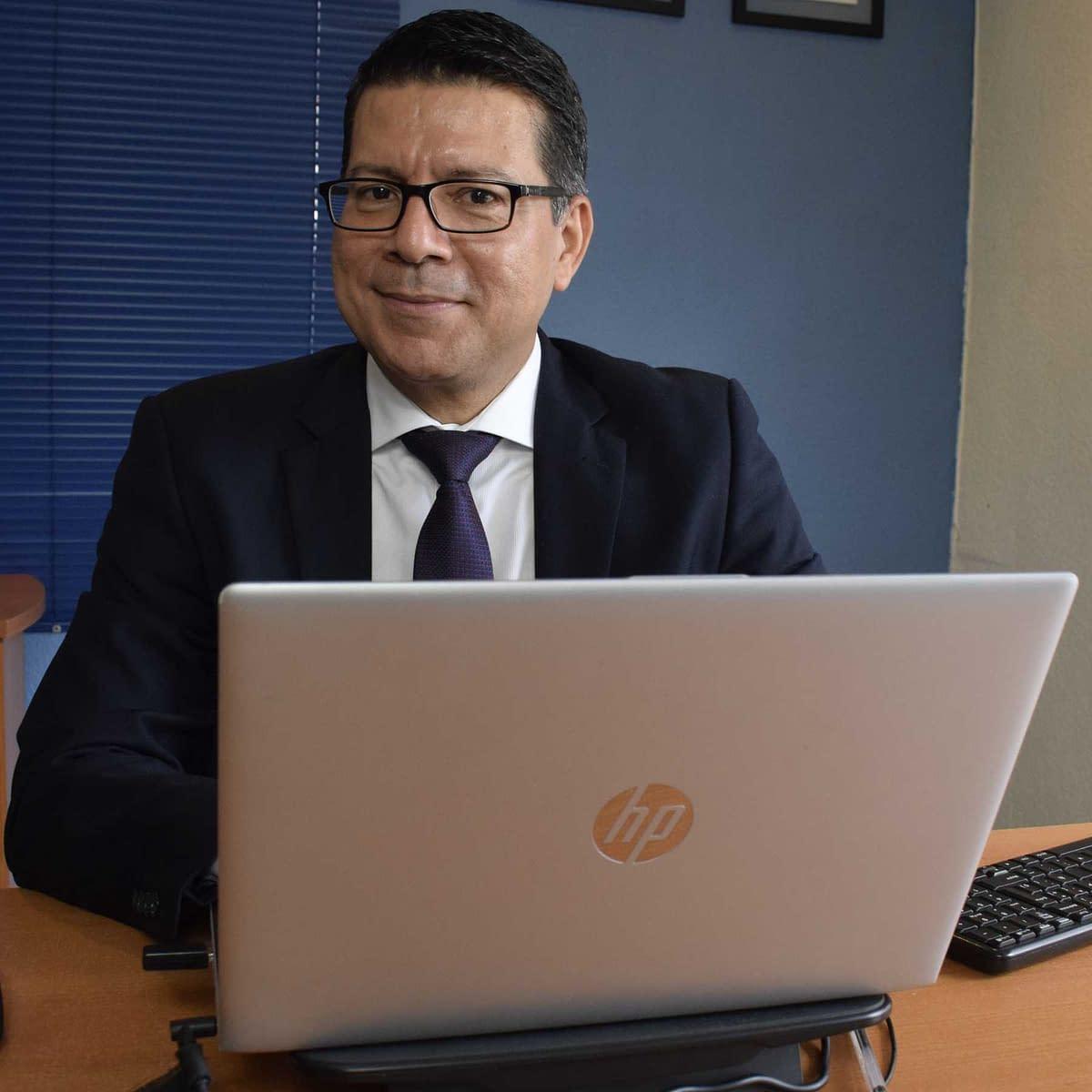Ingeniero Enrique Lopez, Consultora Lopez Henriquez-compressed